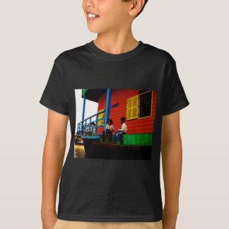 カンボジアの浮遊村 Tシャツ