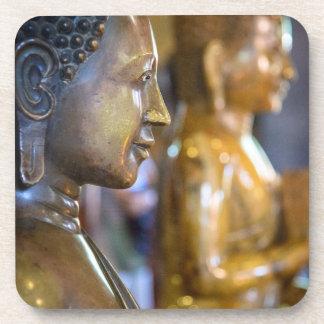 カンボジア、プノンペン。 仏の彫像 コースター