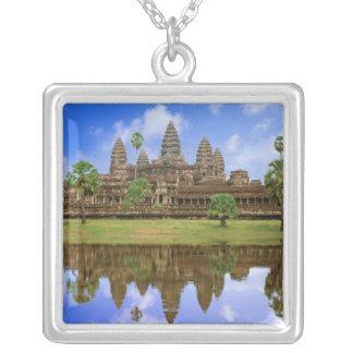 カンボジア、Kampuchea、アンコール・ワットの寺院 シルバープレートネックレス