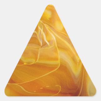 カーキ色の渦巻 三角形シール