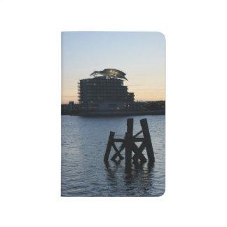 カーディフ湾の日没 ポケットジャーナル