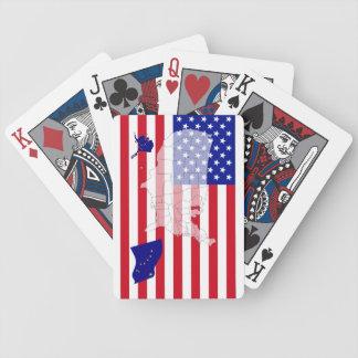 カードを遊ぶアラスカ米国州の旗の地図 バイスクルトランプ