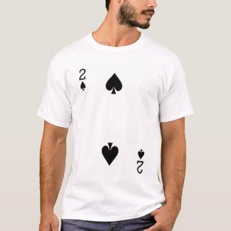 カードを遊ぶスペードの2 Tシャツ