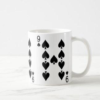 カードを遊ぶスペードの9 コーヒーマグカップ