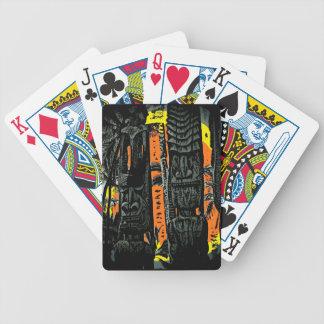 カードを遊ぶハワイのスタイルのtikiの彫像のカラフル バイスクルトランプ
