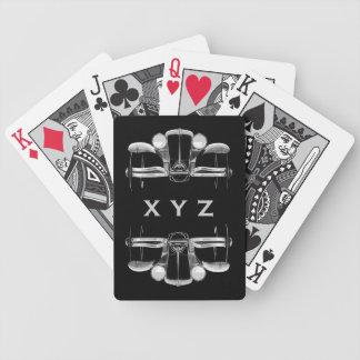カードを遊ぶヴィンテージ車のカスタムなモノグラム バイスクルトランプ