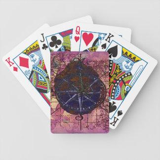 カードを遊ぶ地図およびコンパス バイスクルトランプ