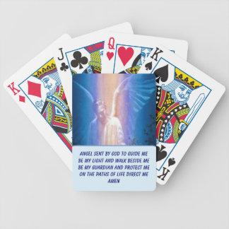 カードを遊ぶ守り神 バイスクルトランプ