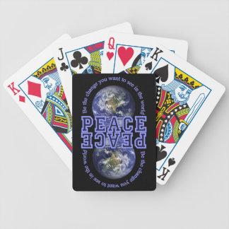 カードを遊ぶ平和 バイスクルトランプ