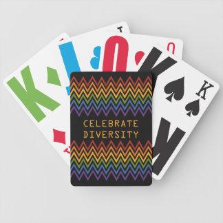 カードを遊ぶ虹のシェブロンパターンカスタム バイスクルトランプ