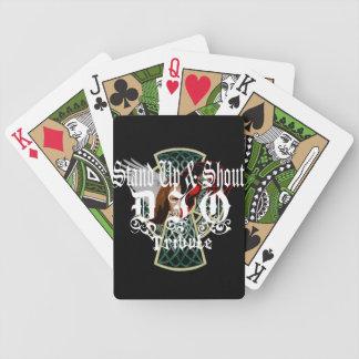 カードを遊ぶDioの捧げ物バンド バイスクルトランプ