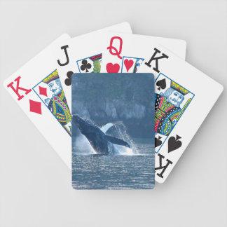 カードを遊ぶHumpbackアラスカを破ること バイスクルトランプ