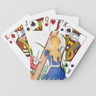 カードを遊んでいるアリス トランプ