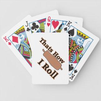 カードを遊んでいるパン屋 バイスクルトランプ