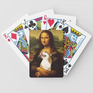 カードを遊んでいるモナ・リザおよびBull彼女の犬 バイスクルトランプ