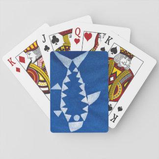 カードを遊んでいる鮫 トランプ
