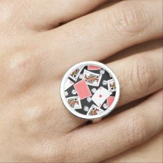 カード及びサイコロ 指輪