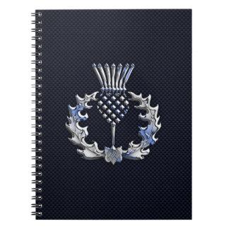 カーボン繊維のプリントの銀のスコットランド人のアザミ ノートブック