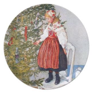 カールラーションのクリスマスツリーのお祝いの休日のプレート お皿