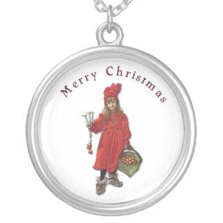 カールラーションの神の7月のメリークリスマス1901年 シルバープレートネックレス