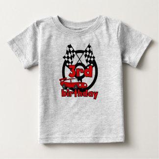 カーレースの第3誕生日 ベビーTシャツ