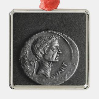 ガイウス・ユリウス・カエサルのポートレートが付いている硬貨 メタルオーナメント