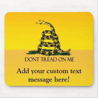ガズデンの旗、黄色い背景 マウスパッド