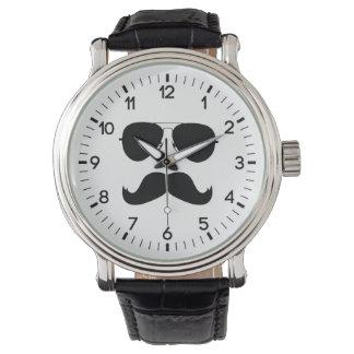 ガラスが付いているおもしろいな髭 腕時計