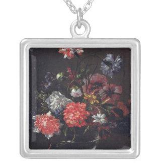 ガラスつぼの花 シルバープレートネックレス