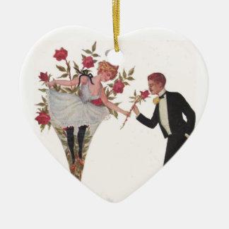 ガラスの女性が付いているバレンタインのカップル セラミックオーナメント