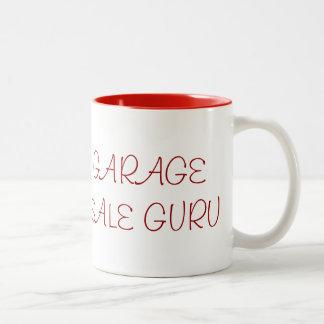 ガレージセールの教祖のマグ ツートーンマグカップ