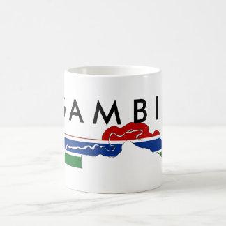 ガンビアの国旗の地図の形のシルエット コーヒーマグカップ