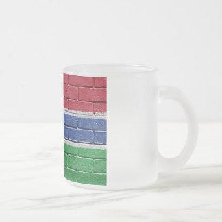 ガンビアの旗 フロストグラスマグカップ