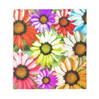 ガーベラのカラフルな花の花柄 ノートパッド