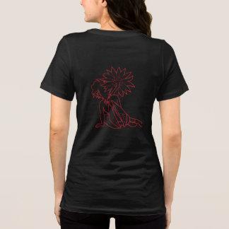 ガーベラの女の子(赤の黒)のTシャツ Tシャツ