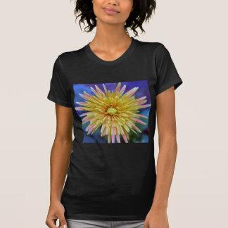 ガーベラの花 Tシャツ