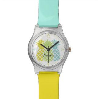 ガーリーでカラフルなパイナップル 腕時計