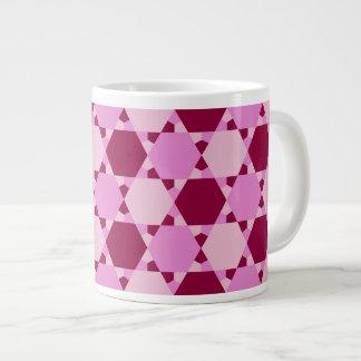 ガーリーなピンクの三角形の目の錯覚パターン ジャンボコーヒーマグカップ