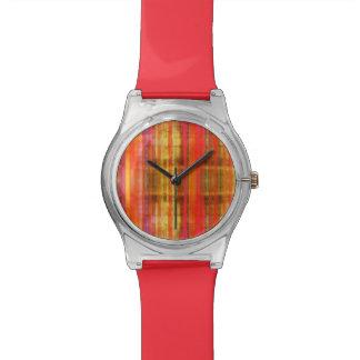 ガーリーなピンクの黄色い赤のストライプパターン 腕時計