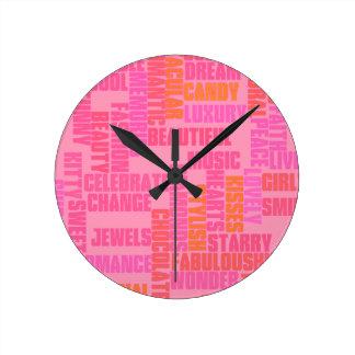 ガーリーな単語、かわいいピンク ラウンド壁時計