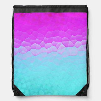 ガーリーな紫色のターコイズのグラデーションなモザイク《写真》ぼけ味パターン ナップサック