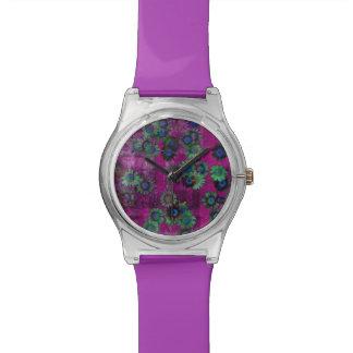 ガーリーな紫色の花パターン 腕時計