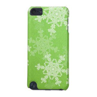 ガーリーな緑およびホワイトクリスマスの雪片 iPod TOUCH 5G ケース