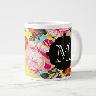 ガーリーな花のペイズリーのモノグラム巨人のマグ ジャンボコーヒーマグカップ