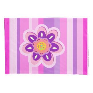 ガーリーな花は縞で飾り、 枕カバー