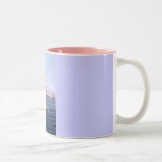 ガーンジーの航海 ツートーンマグカップ