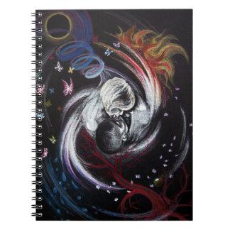 キスをするなカップル愛超現実的な芸術の螺線形ノート ノートブック