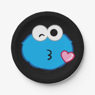 キスを投げるクッキーの顔 ペーパープレート
