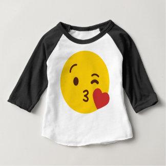 キスEmoji ベビーTシャツ
