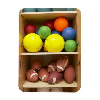 キャビネットで貯えられる球 マグネット